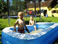 Spaß am Pool beim Bauernhof Kristan