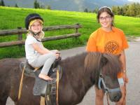 Ponyreiten mögen alle Kinder gern