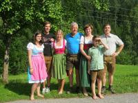 Doris und Rudolf mit den Kindern Klaus u. Tanja, Bernhard, Julia und Carina