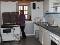 Küche mit Herd zum Heizen...
