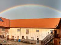 Regenbogen überm Eichberg-Hof