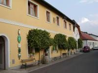 Weinkeller + Ferienhaus