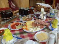 Wurzer - Frühstück (Bild: Familie Wurzer)