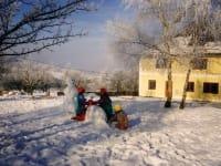 am Spielplatz im Winter