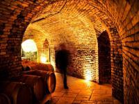 Cellar vault