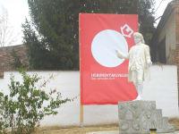Denkmal für Lebende