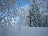 Höhensteinrunde - Gipfelkreuz am Egger Berg