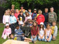 Kinder auf Entdeckungstour am Hof