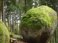 Die Weltkugel der Kraftarena ist ca. 6 km entfernt