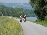 Radln  am Donauradweg