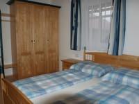 Schlafzimmer 2 Ferienwohnung 1