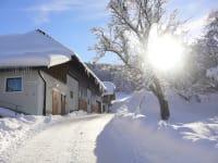 Erster Eindruck von unserem Hof im Winter