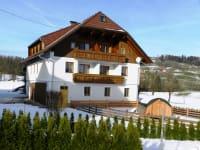 Nebenhaus im Winter