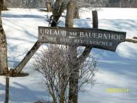 Wegweiser im Winter