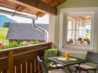 ein eigener großzügiger Balkon