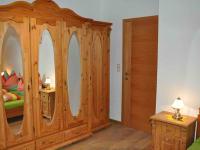 Doppelzimmer Schrank