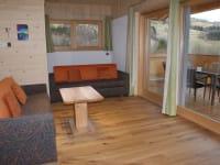 Wohn- oder Schlafzimmer mit Loggia OG