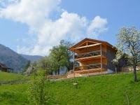 Frühling im neu erbauten Öko-Ferienhaus