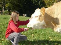 Mit der Kuh auf du und du...