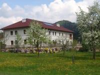 Frühling am Großreithner-Hof