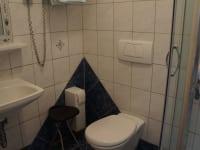 Dusche WC Gästezimmer 1