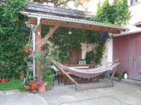 schönes Plätzchen zum Relaxen im Innenhof