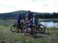 In der Umgebung gibt es viele Rad- und Wanderwege