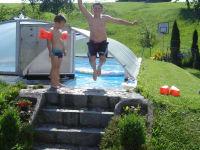 Unser Swimmingpool ist bei Groß und Klein sehr beliebt