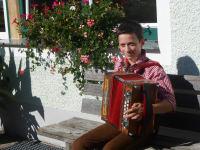 Andreas unser Harmonikaspieler