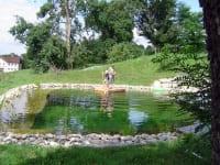 Floßfahrt am Badeteich