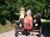 Kinderabenteuer mit Traktorführerschein