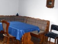 gemütliche Sitzecke in der Ferienwohnung