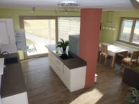 Ferienwohnung Kaminfeuer - Blick in die Wohnküche