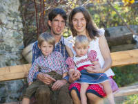 Biohof Maurachgut - Gastgeberfamilie - Rosi und Werner mit Kinder