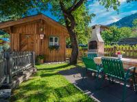 Gartenhütte mit Grillmöglichkeit