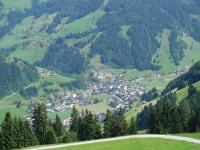 Heuhmahd - Blick ins Dorf
