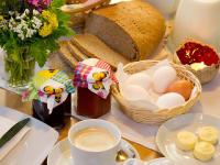 unsere hofeigenen Produkte fürs Frühstück