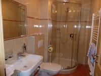 Ferienwohnung 1 Waldhex: Dusche / WC 2