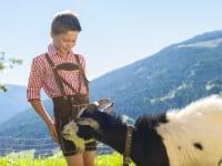 Toni mit unserer Ziege