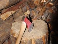 Auszeit - Holzhacken