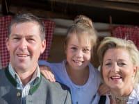 Ihre Gastgeber- Familie Schösser