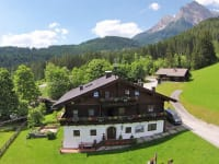 Liebmannhof im Sommer