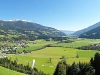 Blick vom Balkon auf die Kitzbüheler Alpen und das Salzachtal