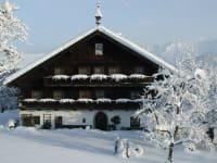 Der Hinterburghof im Winter - man sprürt die Behaglichkeit
