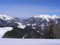Blick in die Bergwelt mit Sonntagshorn