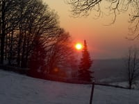 Winterlicher Sonnenaufgang