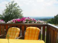 herrlicher Fernblick vom Balkon der Ferienwohnng Minze