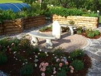 Ruheplatz im Hausgarten