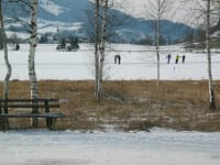 Eislaufvergnügen am nahe gelegenen Putterersee