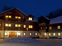 Romantische Winterstimmung am Linharterhof